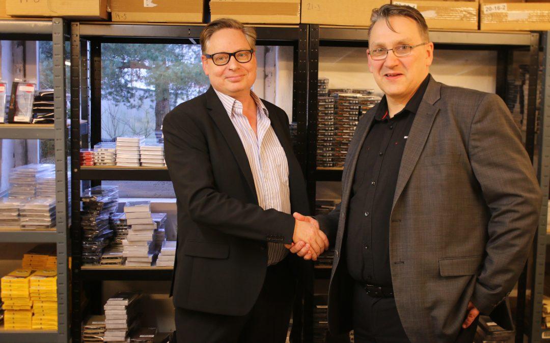 Nordjysk IT-butikskæde bliver landsdækkende ved at redde konkursramt kollegas butikker