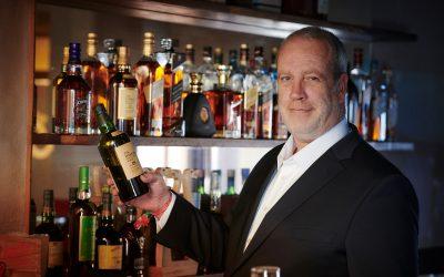Whiskysamler åbner intim WhiskyBar på Hadsundvej